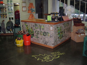 Yosemite Habitat Green Store Counter